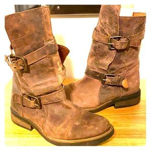 Steve Madden Caveat leather buckle boots 10